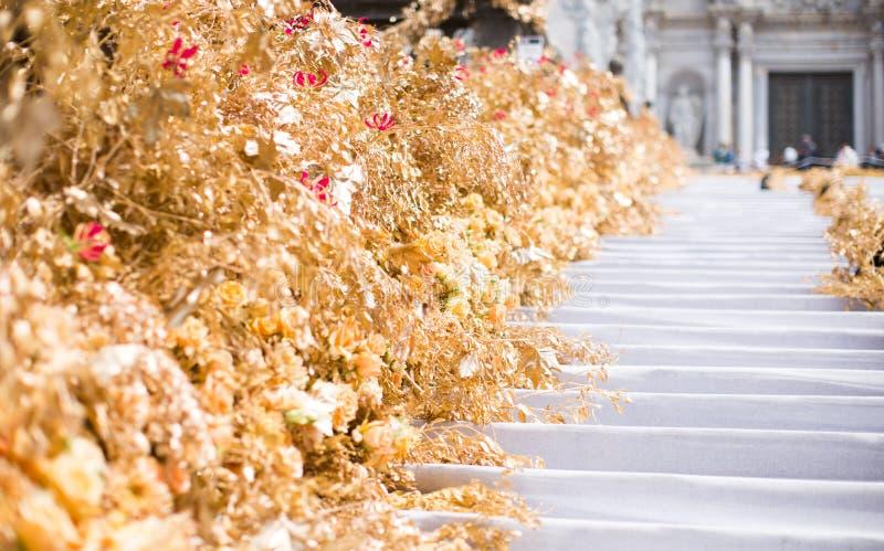 Blom- ordningar för blommafestival i Girona royaltyfri bild