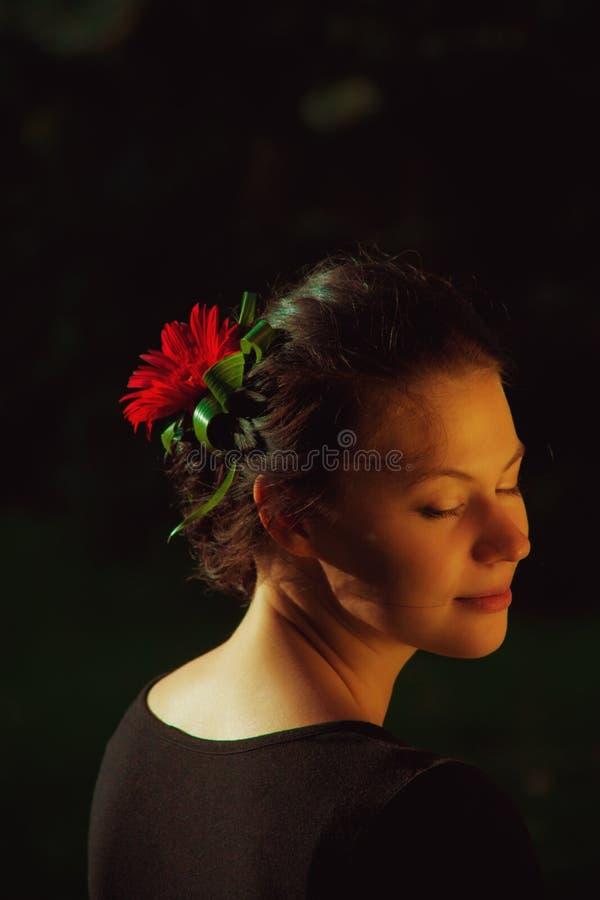 Blommalady fotografering för bildbyråer