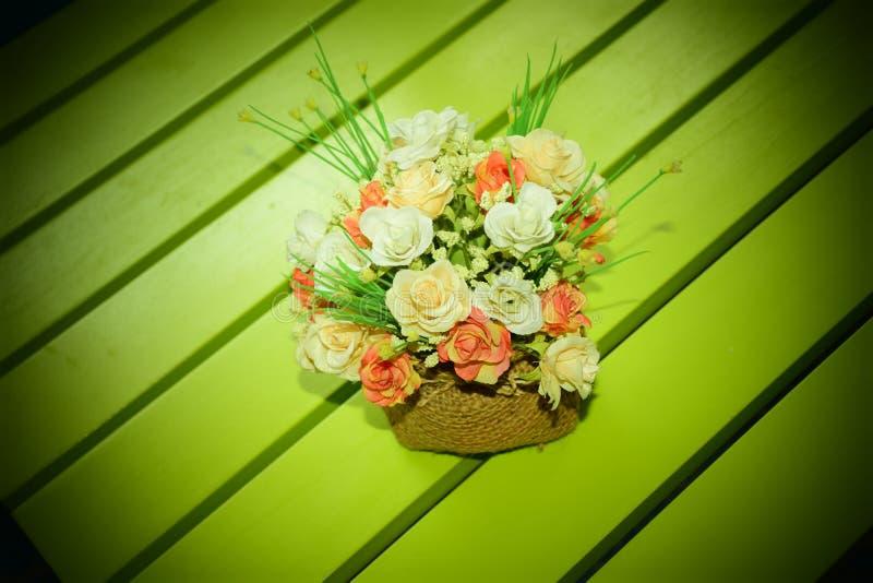 Blommaliten bukett arkivfoton