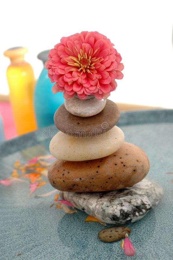 blommastentorn arkivfoto