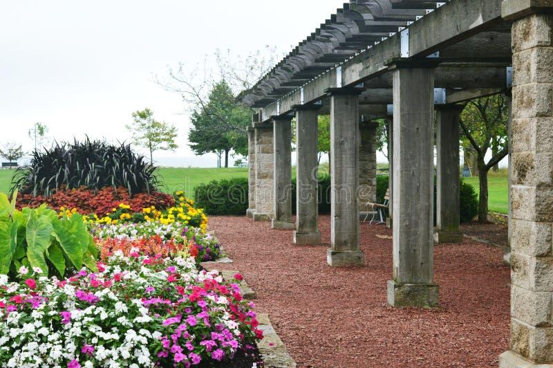 Blommaträdgården, Eichelman parkerar, Kenosha, Wisconsin royaltyfria bilder