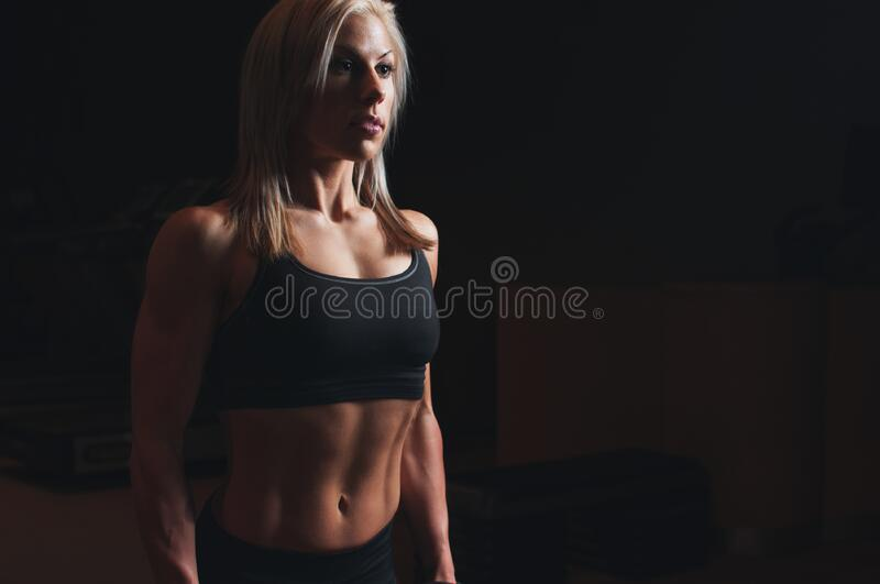 Blond Athlete In Sports Bra And Shorts Free Public Domain Cc0 Image