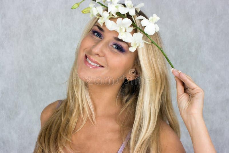 blond brudtärna royaltyfri foto