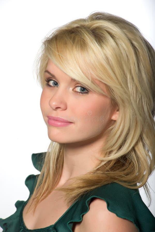 blond caucasian nätt fundersam kvinna royaltyfri bild