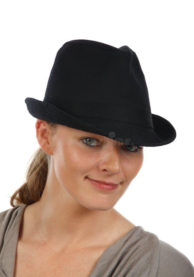 Blond dans le chapeau photographie stock libre de droits