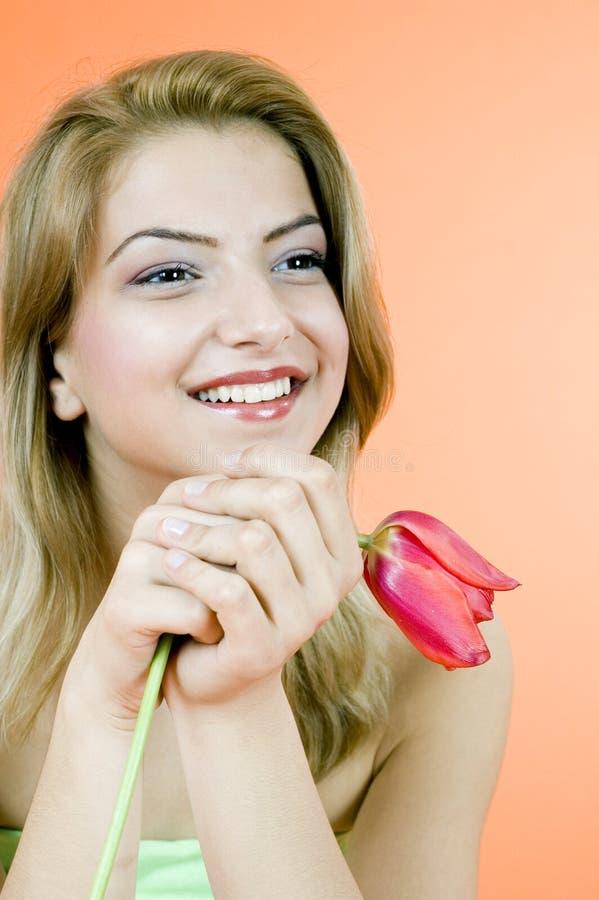Blond et tulipe photos libres de droits