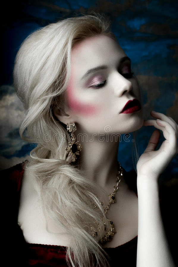 Blond Europees model stock afbeelding
