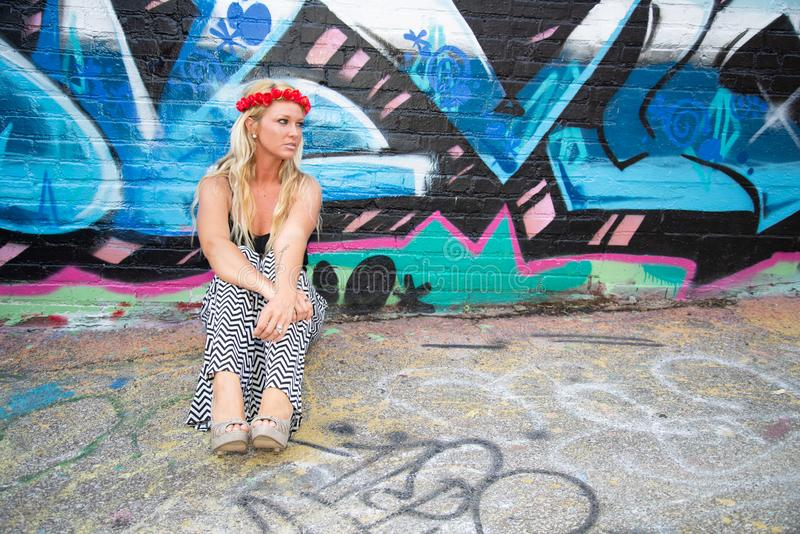 Blond flickakvinna arkivfoto