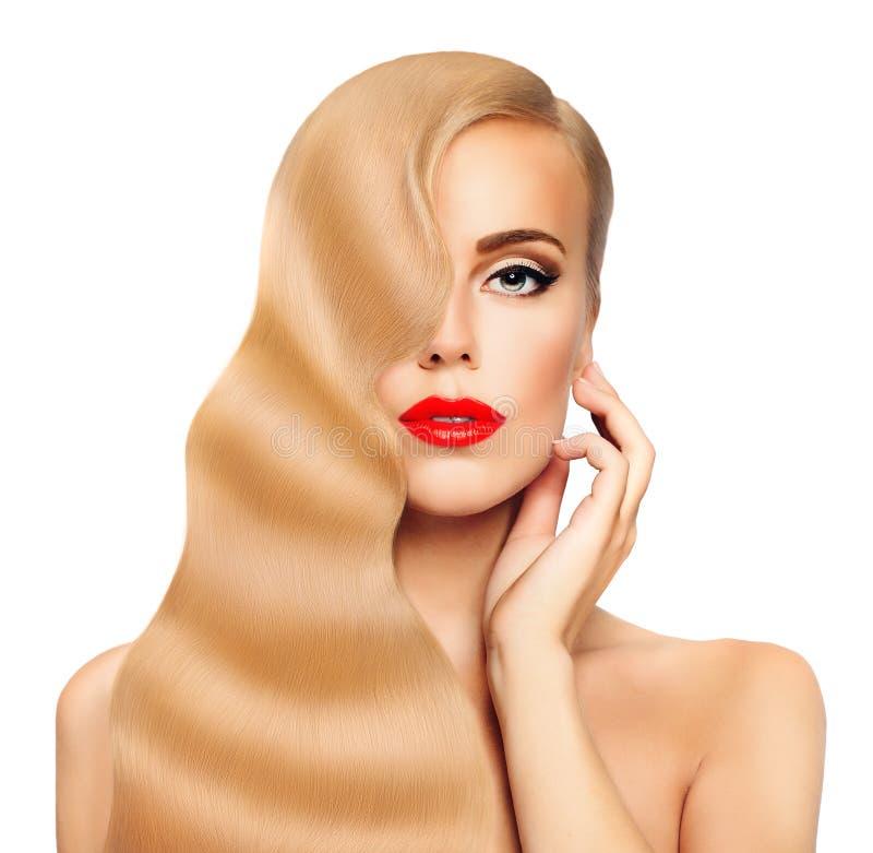 blond hårkvinna Nice vänder mot Sunt långt hår och gör perfekt hud royaltyfri foto