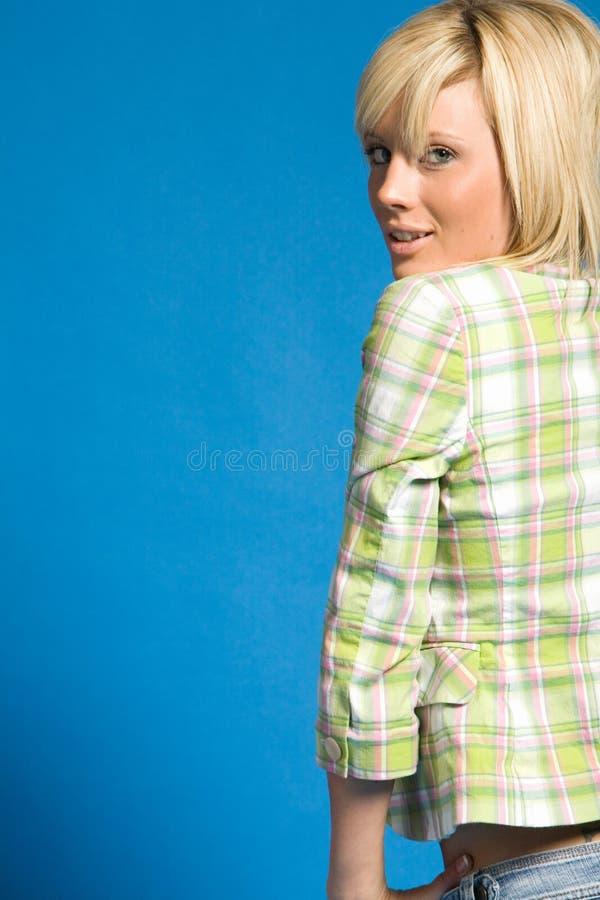 blond innegrejflicka för tillfälliga kläder royaltyfri fotografi