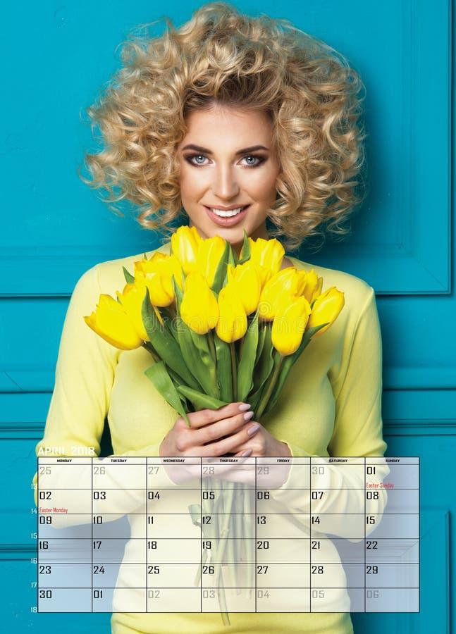 Blond kvinna för skönhet, kalender arkivfoton