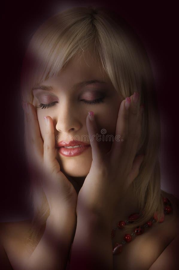 Blond met halsband stock afbeelding