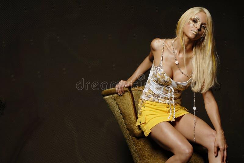 blond sexig kvinna royaltyfri foto