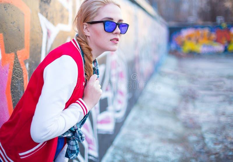 Blond streetgirl zdjęcie stock