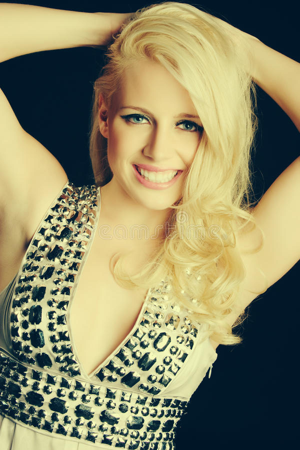 blond uśmiechnięta kobieta obraz stock