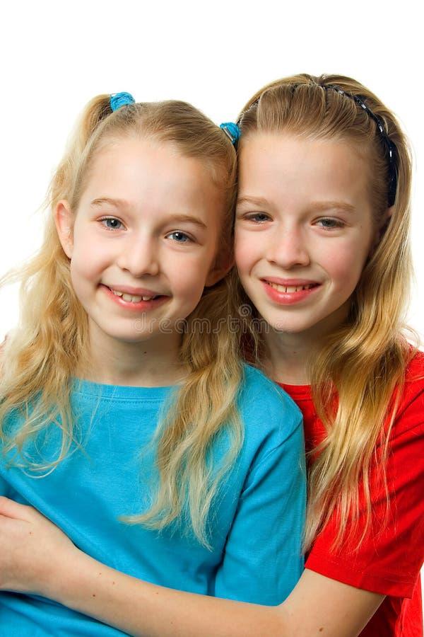 blonda flickor två barn royaltyfri fotografi