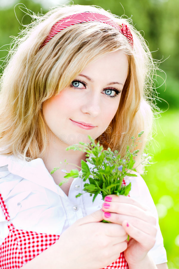 Free Blonde Beautiful Girl Portrait With Flowers Royalty Free Stock Photography - 5647207