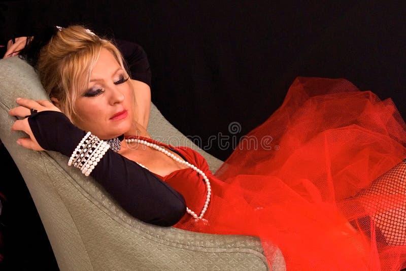 Blonde costumée de sommeil images libres de droits