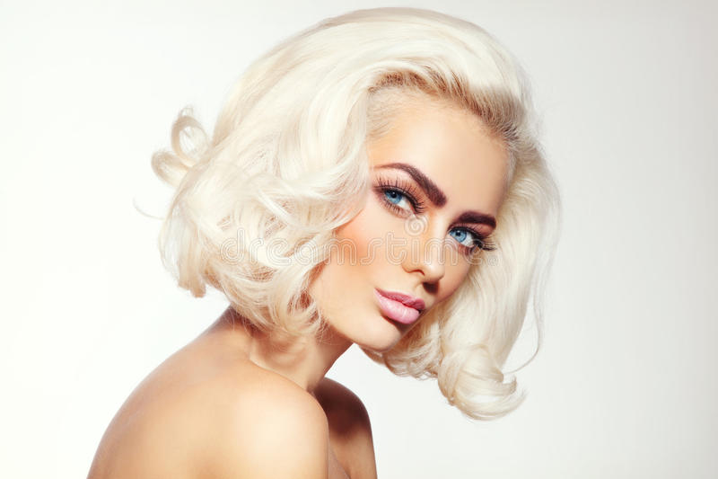 Blonde de platine photographie stock