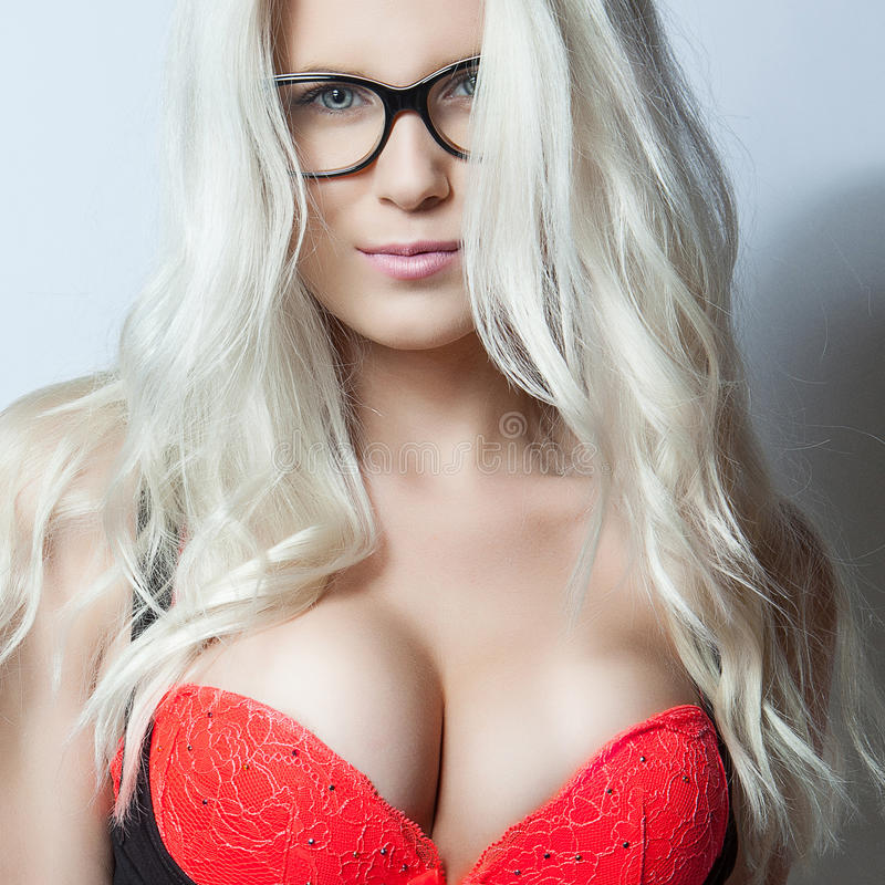 Free Blonde Girl In Red Bra Royalty Free Stock Images - 34838119