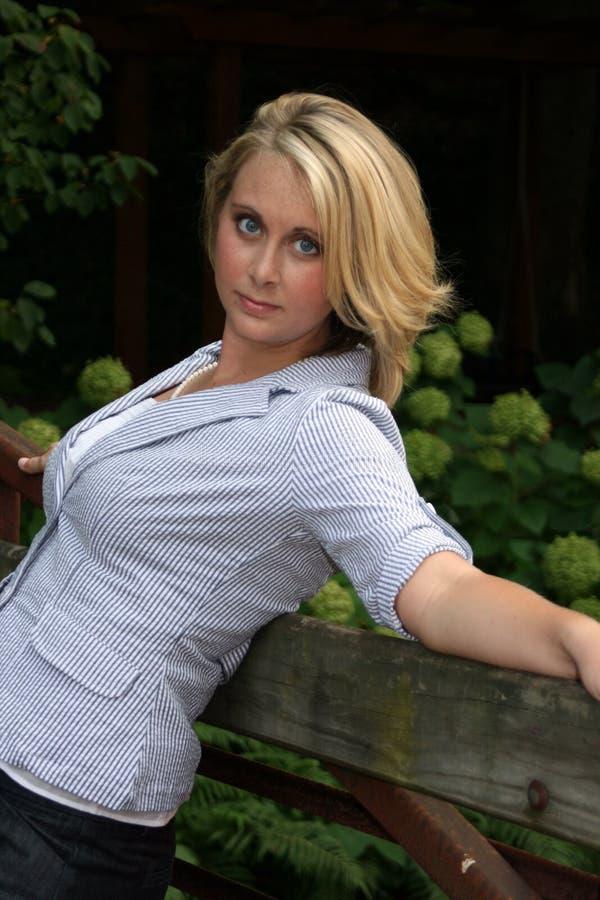 Blonde magnifique image stock