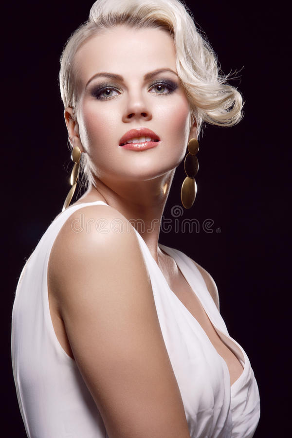 Blonde magnifique photographie stock libre de droits