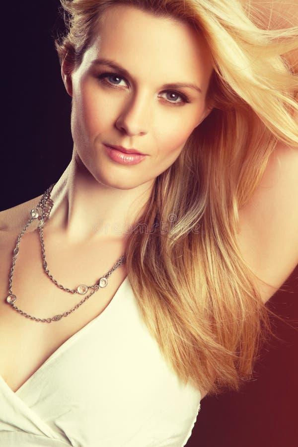 Blonde Mode-Frau stockbilder
