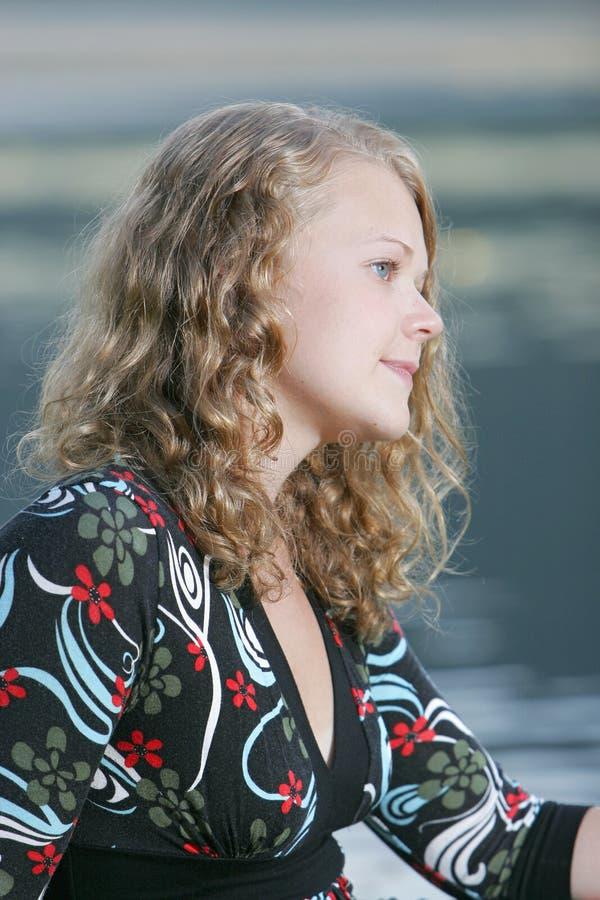 blonde model posing teen 库存图片