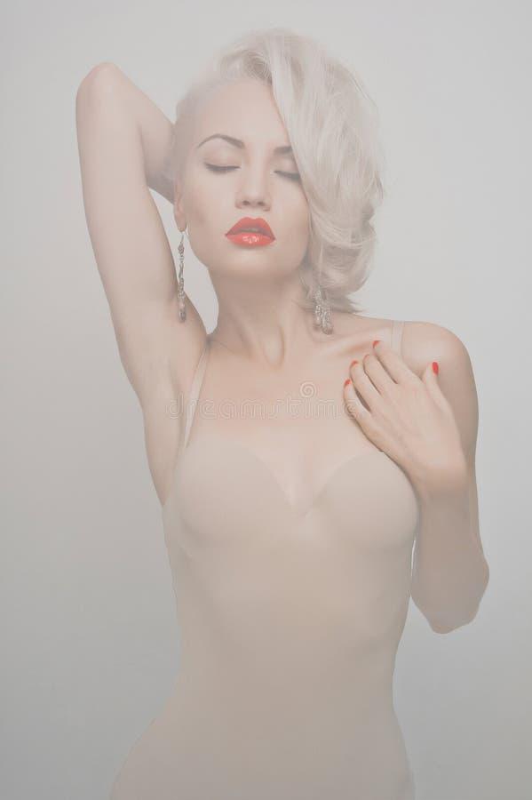 Blonde sensual imágenes de archivo libres de regalías