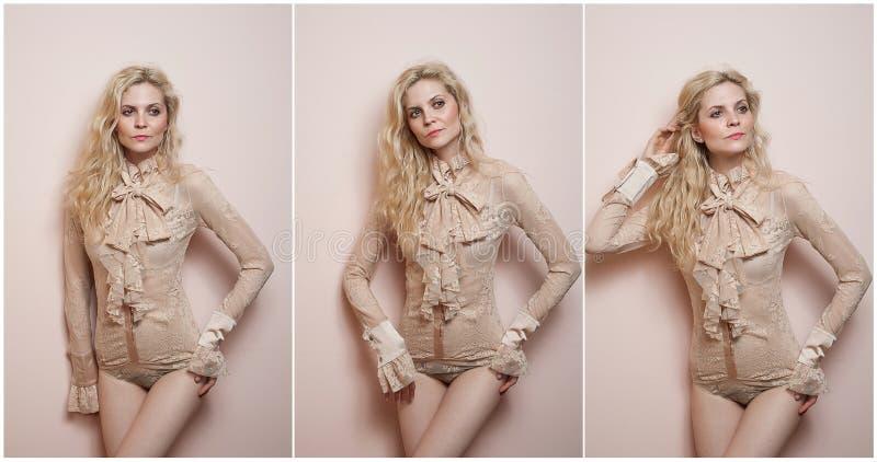Blonde sexy attirante dans le chemisier nu et le bikini serrés d'ajustement posant provocateur Portrait de femme sensuelle dans l photographie stock