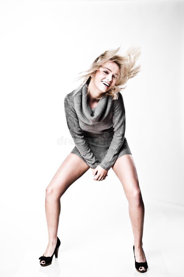 Blonde Studio-Art und Weise stockfotos