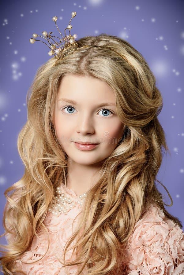Blondeprinses royalty-vrije stock foto