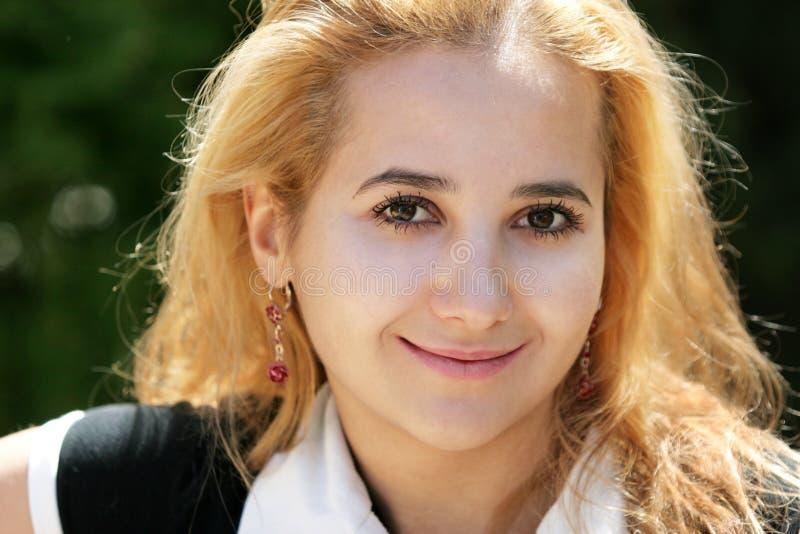 Blondes Mädchen lizenzfreies stockbild