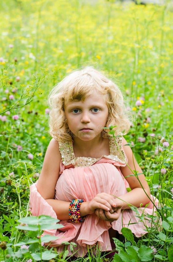 Blondes Mädchen stockfotos