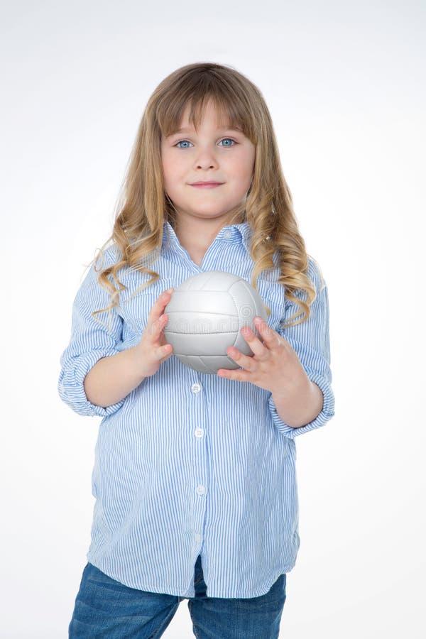 Blondes Mädchen bereit zu einem Match stockfotos