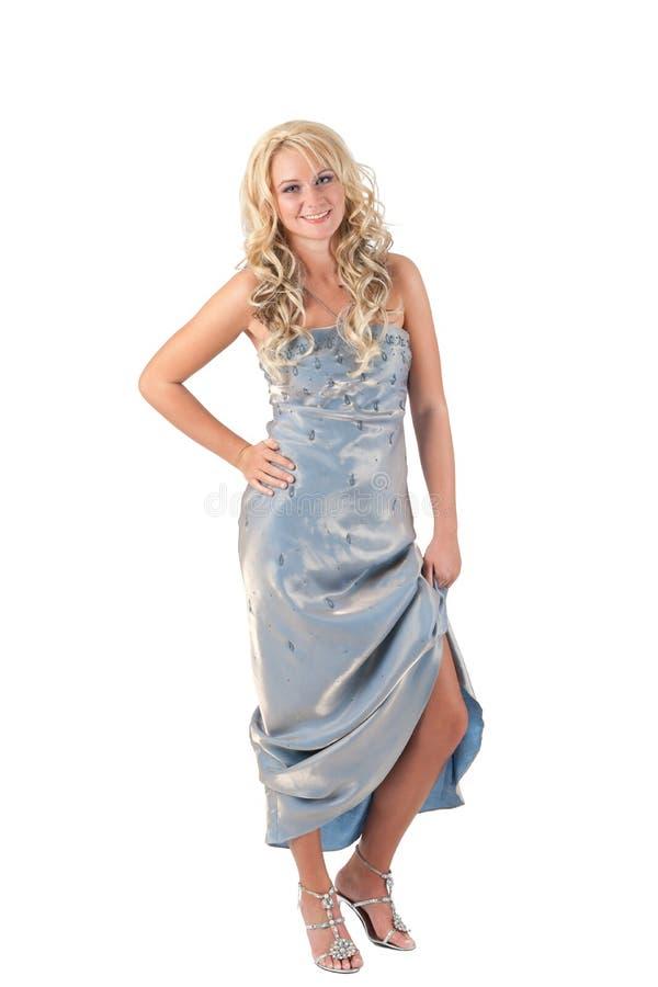 Blondes Mädchen im Abendkleid stockfotografie