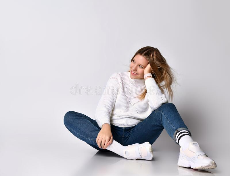 Hohe Brünette Socken Teen Schönes junges