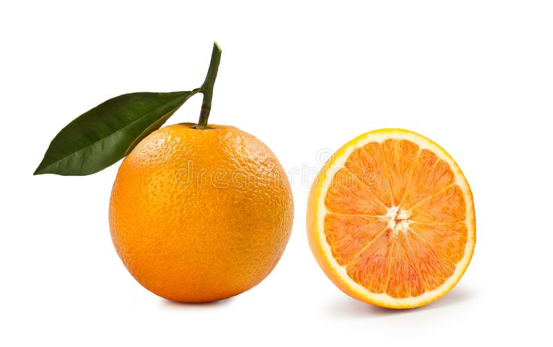 Blondesinaasappel – 'Arancia Bionda 'op Witte Achtergrond stock afbeeldingen