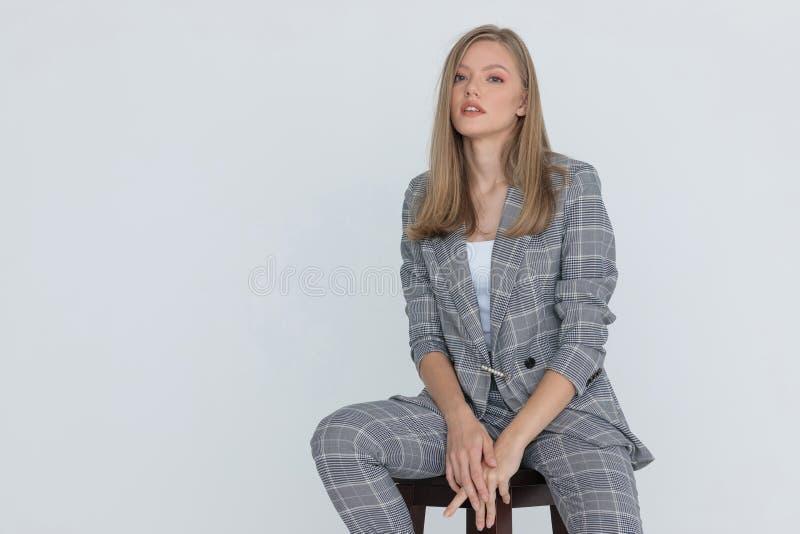 Der frau trägt ihre kleider mann sucht Flickr: Discussing