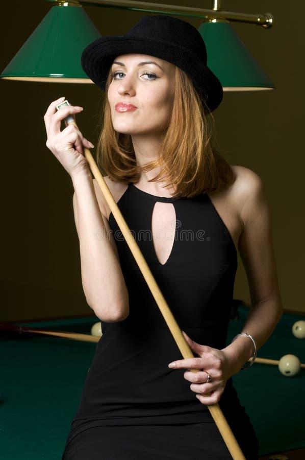 Download Blondine mit Marke stockfoto. Bild von kleidung, mädchen - 9098118