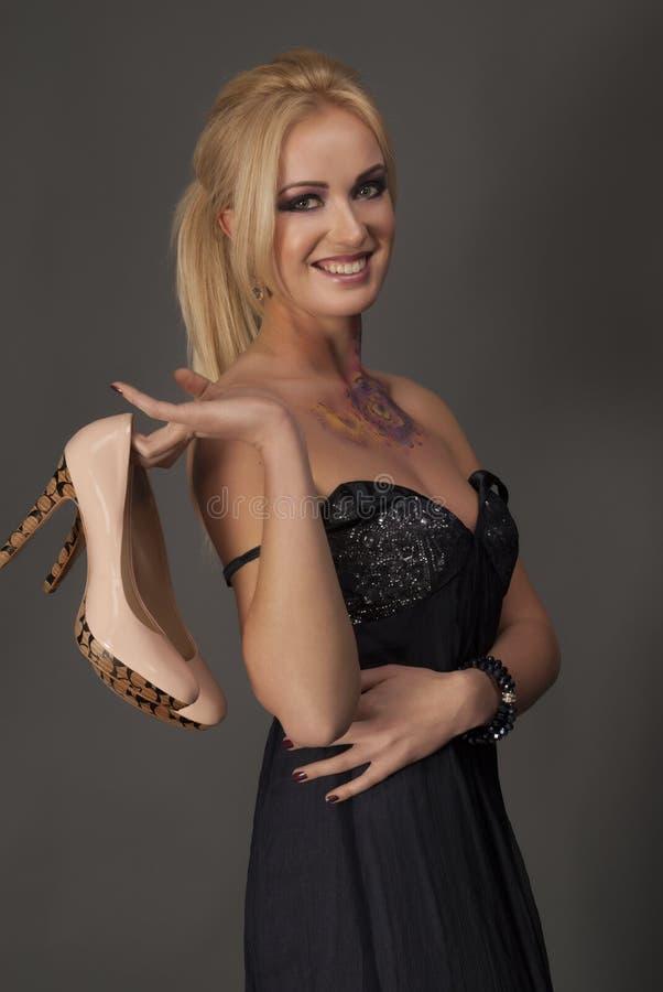 blondy妇女时髦的纵向  库存图片