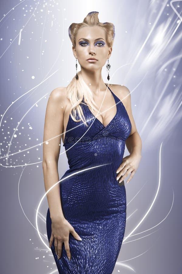 blondynki błękit sukni elegancki wzorcowy target1594_0_ obrazy stock