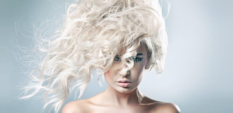 blondynki piękna kobieta obraz stock