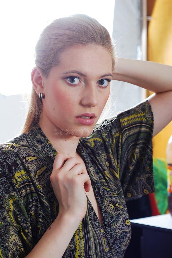 blondynki portreta kobiety potomstwa fotografia royalty free