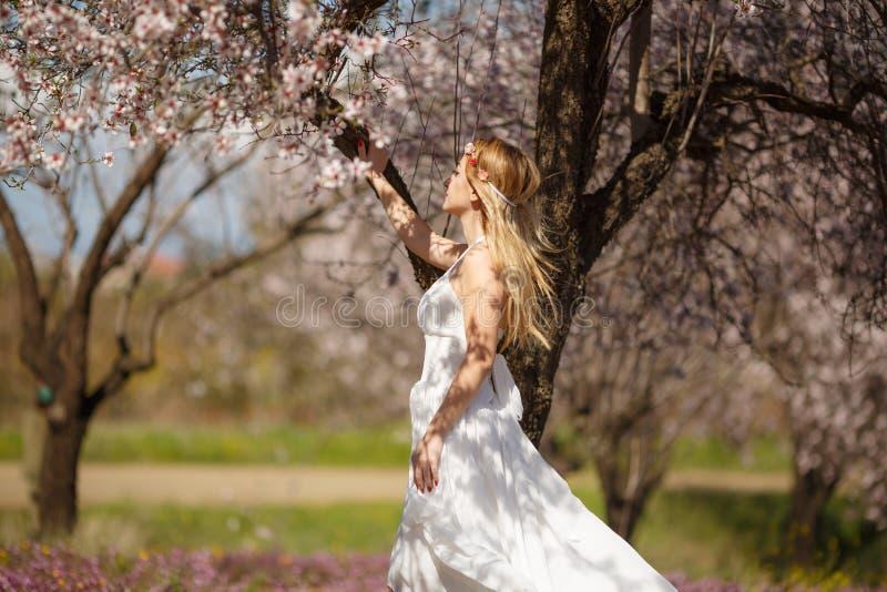 Blondynki romantyczna kobieta fotografia royalty free