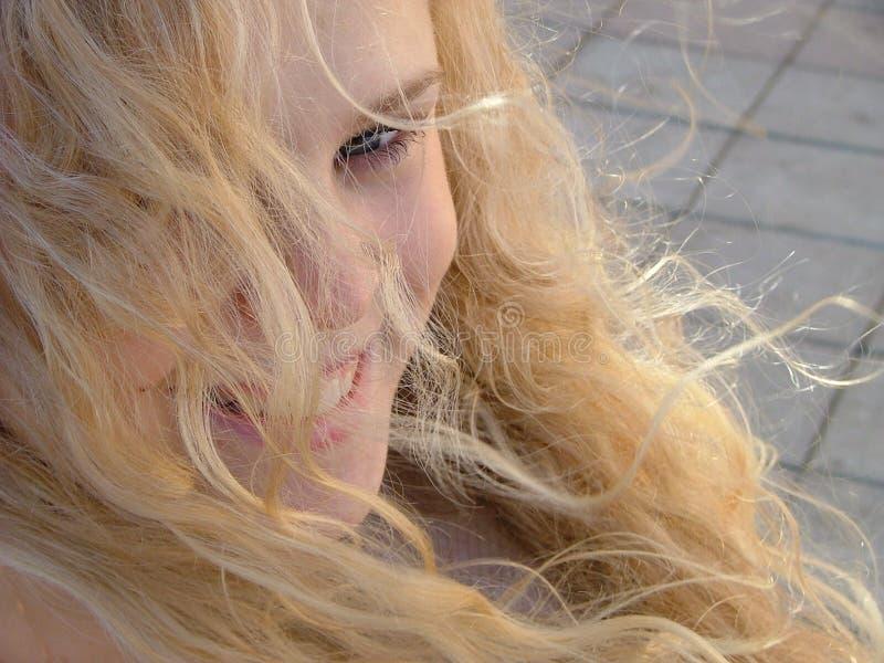 blont haired för skönhet royaltyfria bilder