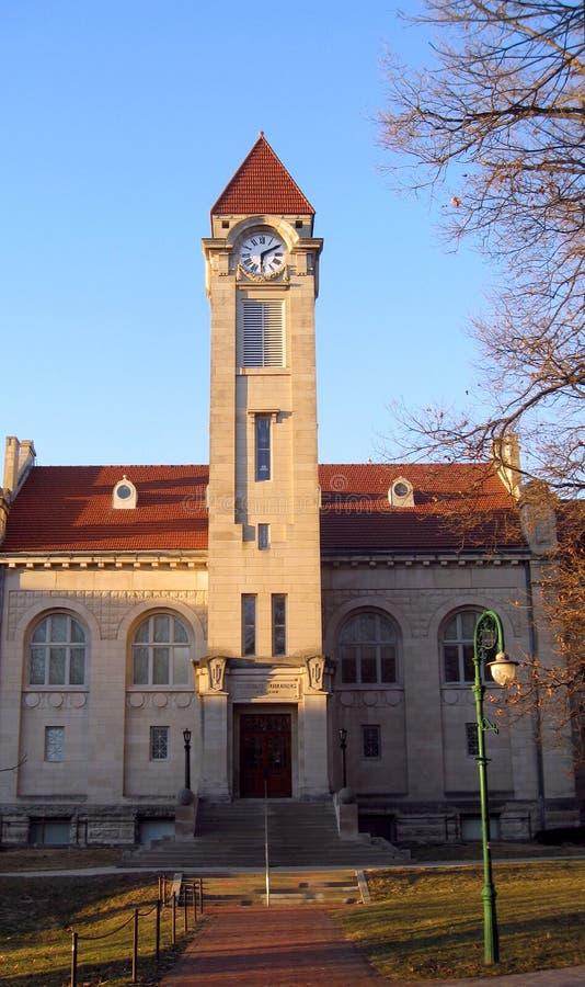 Download Bloomington Kampusu Indiana Iu Uniwersytet Zdjęcie Stock - Obraz złożonej z wierza, uniwersytety: 13337280