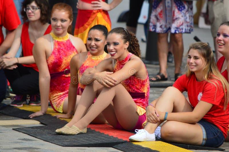 Bloomington stad, USA - Augusti 27, 2016 - gamma Phi Circus på strömbrytare arkivfoton