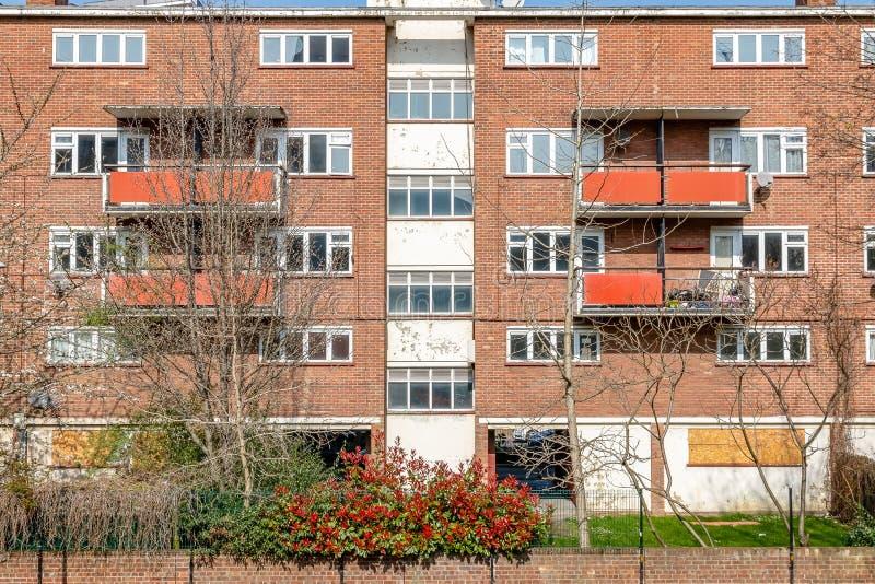 Bloque de la vivienda del plano de consejo en Londres del este fotografía de archivo