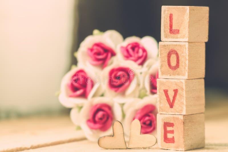 Bloque de palabra del amor fotos de archivo libres de regalías